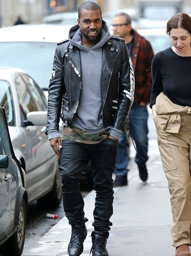 Kanye visits the BROSE ARENA in Bamberg to give a talk and perform at the  Adidas Global brand conference… d09c0b14d5eb